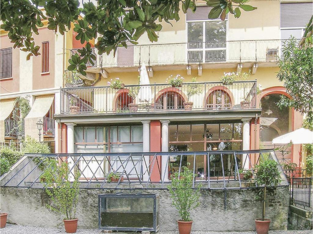 Nearby hotel : Maggiore 4