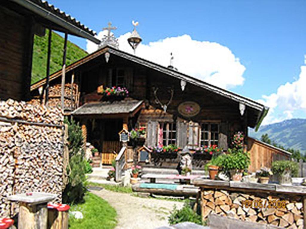 Apartment haus marion mayrhofen austria for Apartment haus