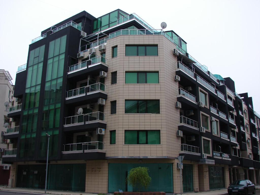 Апартамент Millennium - Поморие