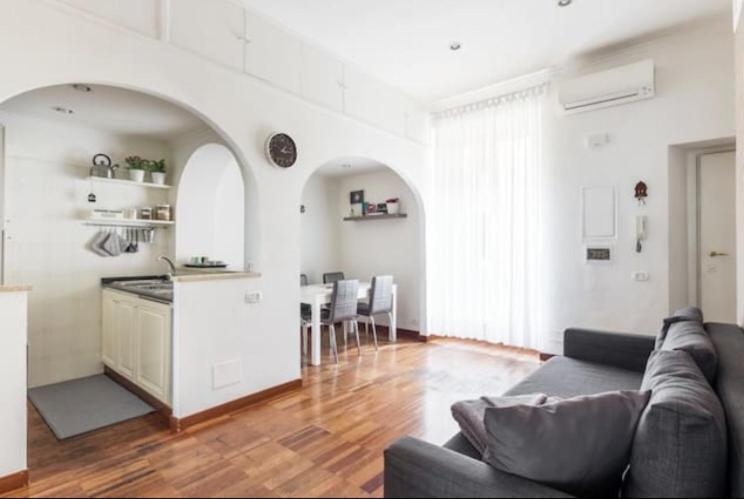 Uma área de estar em Appartamento Marmorata