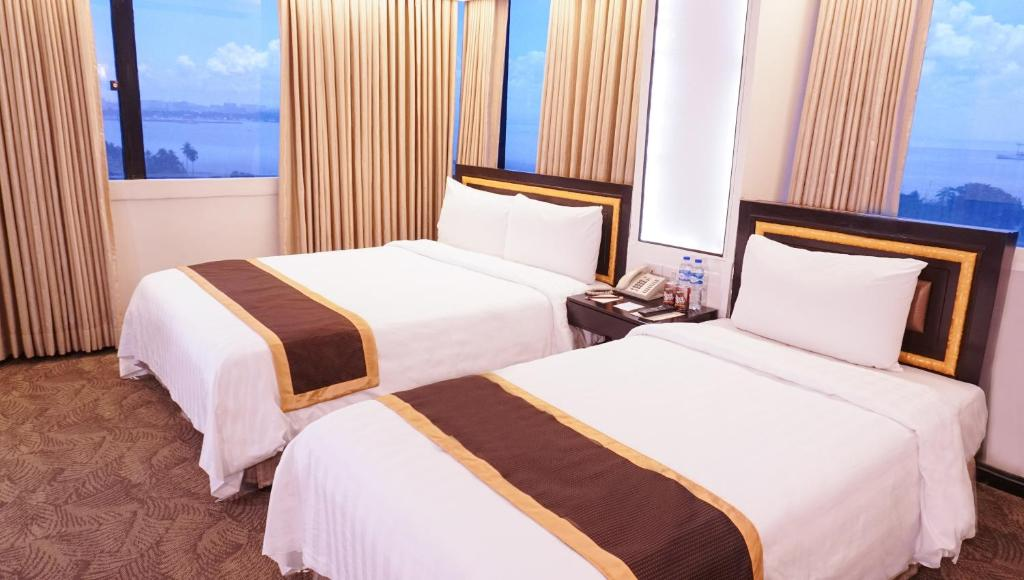 Bayview Park Hotel Manila Philippines Booking Com