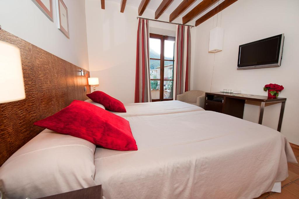 boutique hotels in mallorca  299