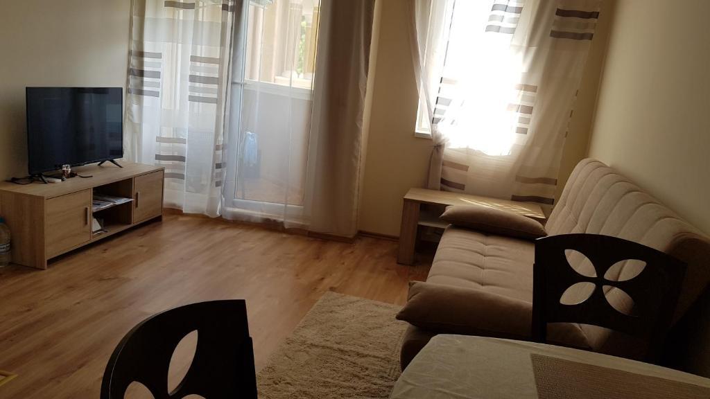 Апартамент Mellia Resort 10 - Равда