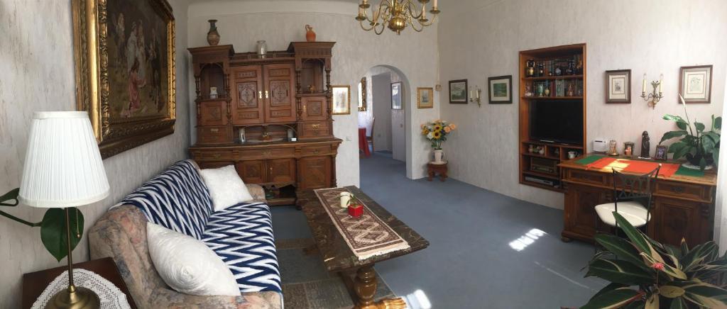 Ferienhaus Kleines Haus Mit Garten österreich Klosterneuburg