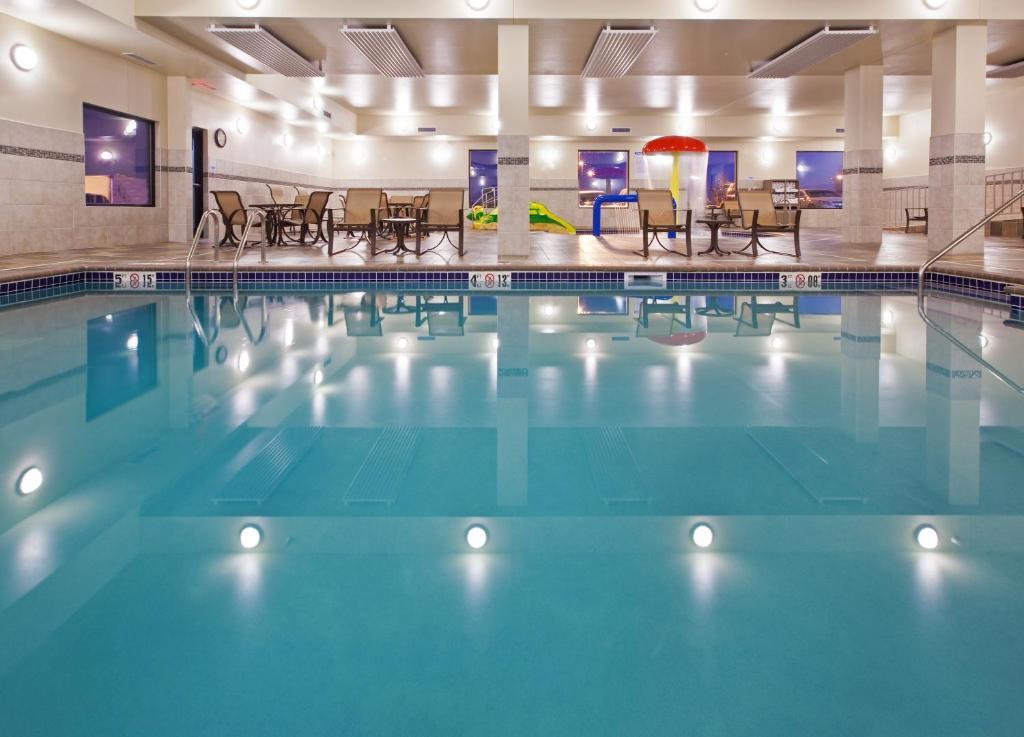 Holiday Inn Express Sioux Falls Sd Booking Com