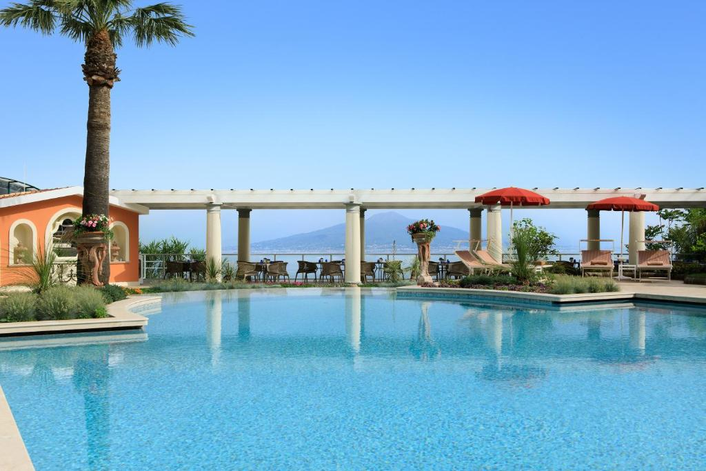 Grand hotel royal sorrento updated 2019 prices - Hotel in sorrento italy with swimming pool ...