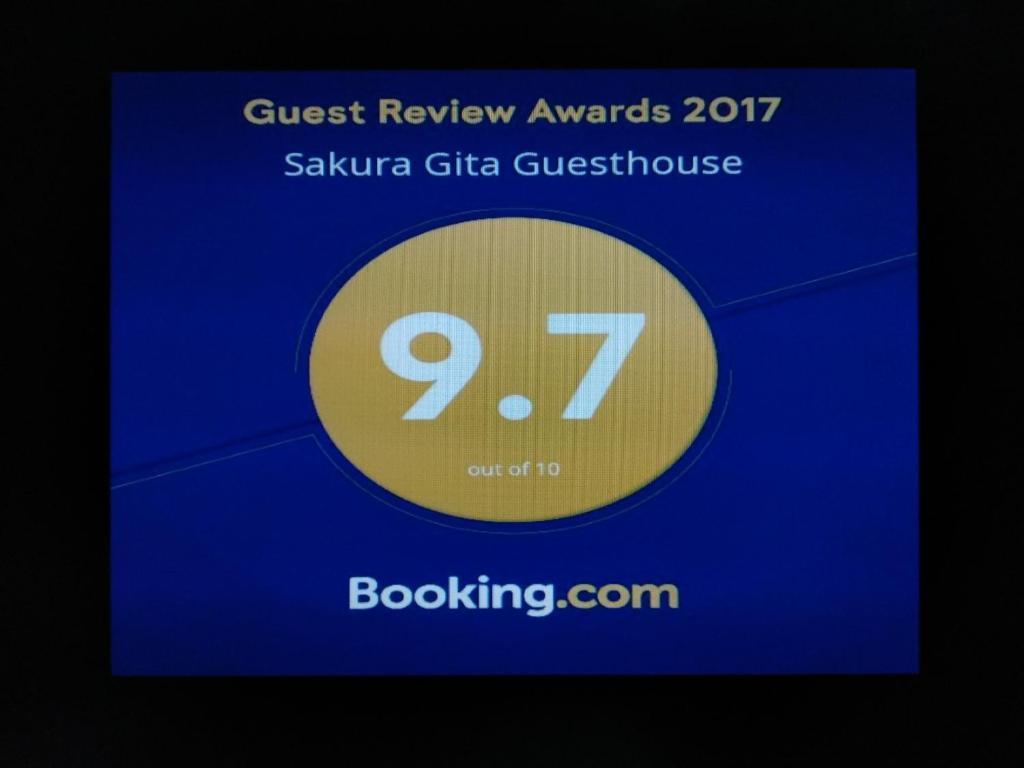 Sakura Gita Guesthouse Kuching Malaysia Booking Com