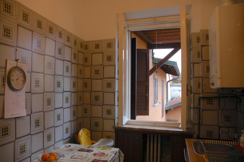Ufficio Moderno Pavia : Appartamento miki pavia italy booking
