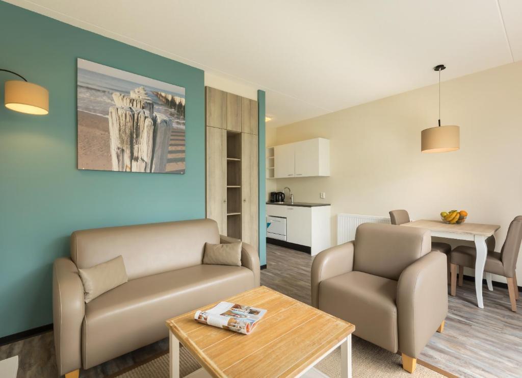 Roompot Strandplevier Hotelsuites De Koog Updated 2019 Prices