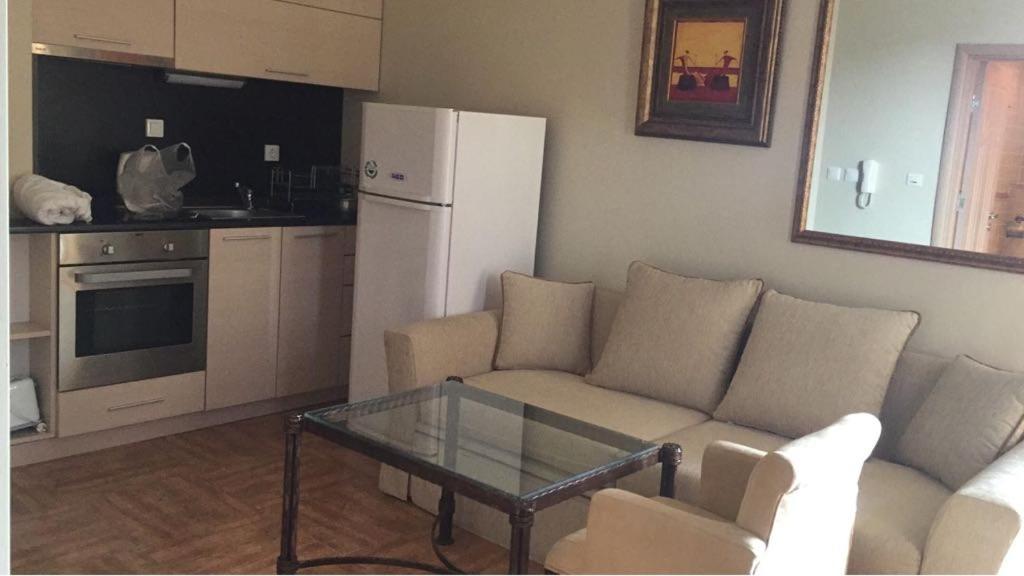 Апартамент Royal Bay Sveti Vlas studiy - Свети Влас