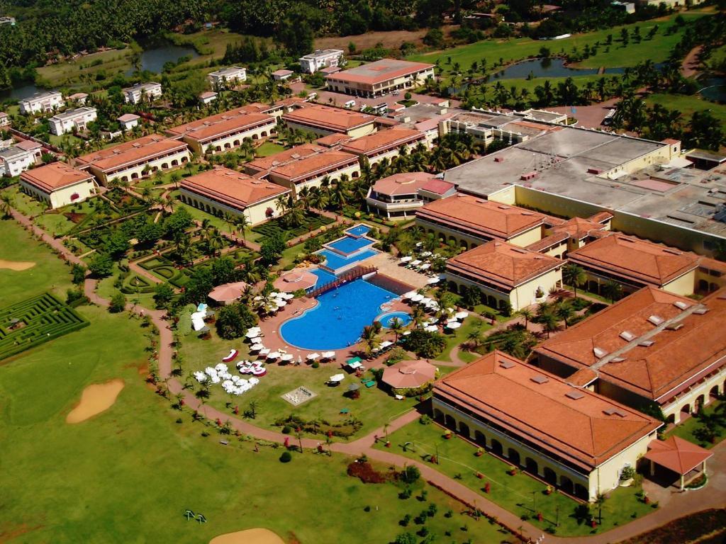Fine Sunken Gardens Golf Mold - Brown Nature Garden ...