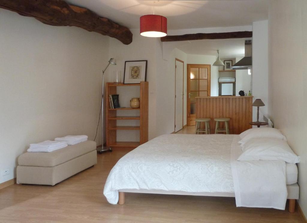 Apartments In Saint-hilaire-de-loulay Pays De La Loire