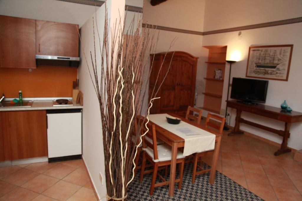 Hôtel proche : Residence La Vela - Residenza d'Epoca