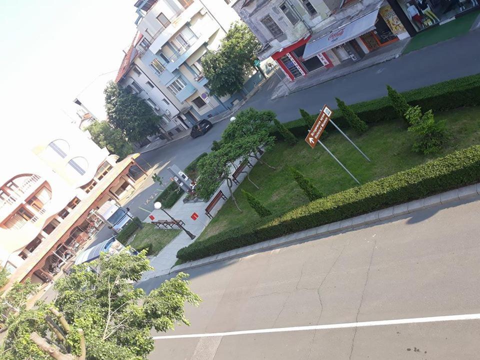 Апартамент Николаев Лукс - Поморие