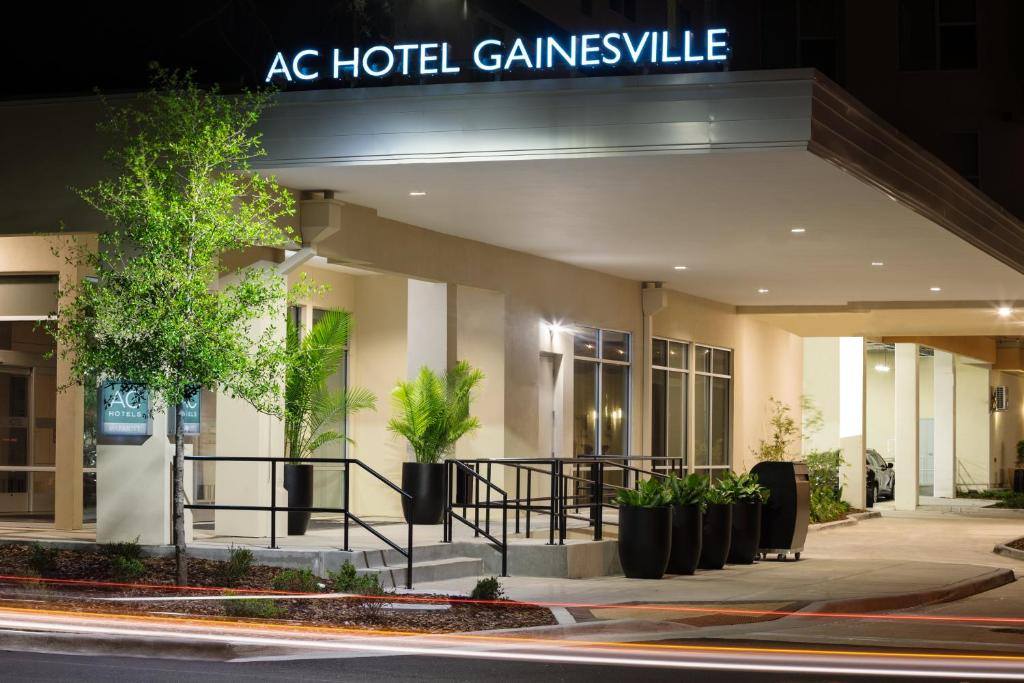 AC Hotel by Marriott Gainesville Downtown, FL - Booking.com on university of florida gainesville map, florida income map, hearted with the state of florida gainesville map,