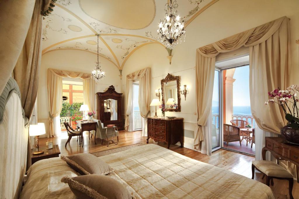 グランド ホテル エクセルシオール ヴィットリア(Grand Hotel Excelsior Vittoria)