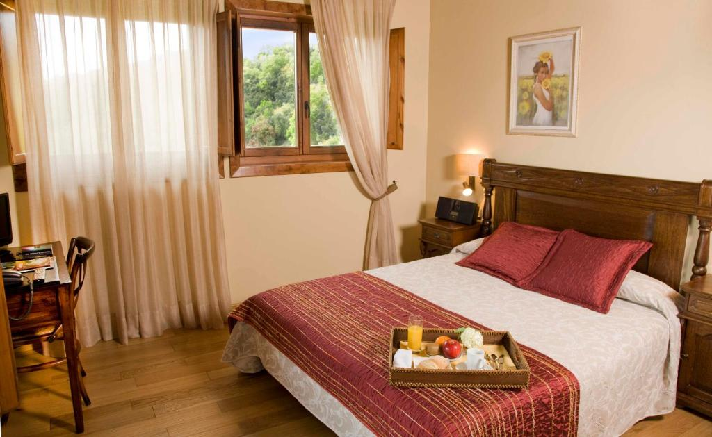 boutique hotels in sant felíu de pallarols  25
