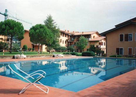 The swimming pool at or near 9 Via Europa Unita