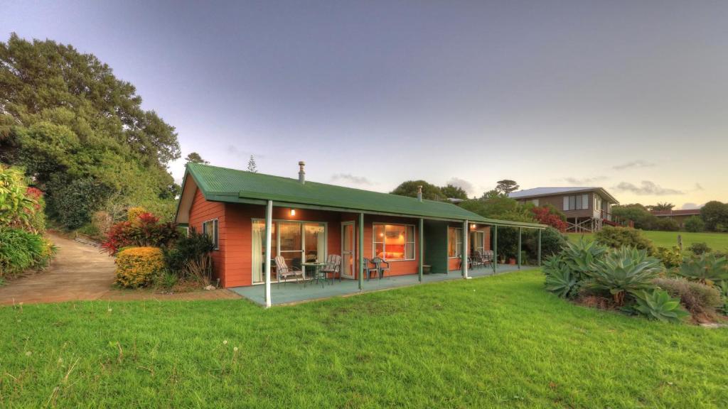 Oceanview Apartments, Burnt Pine, Norfolk Island - Booking.com