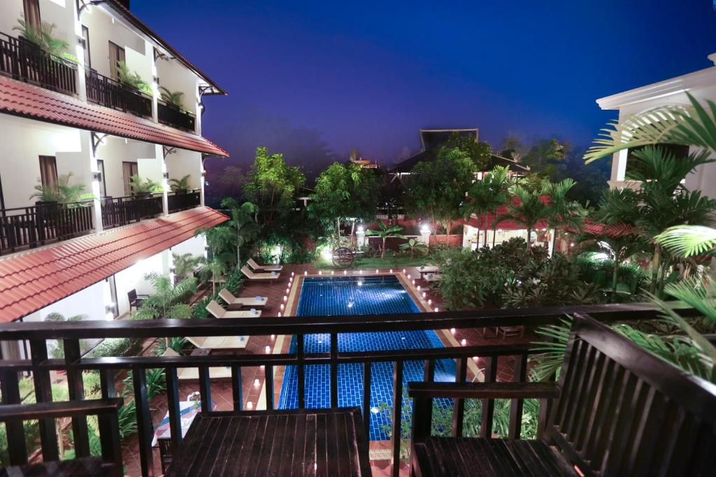 A view of the pool at Kiri Boutique Hotel or nearby