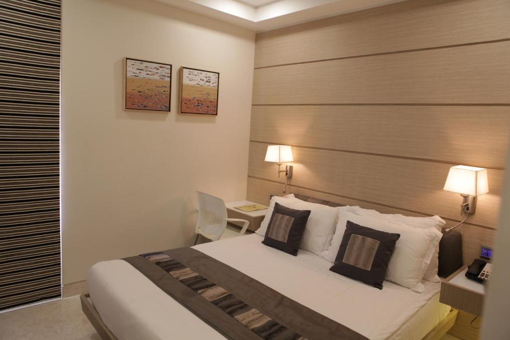 Residency Hotel Mumbai Booking Com