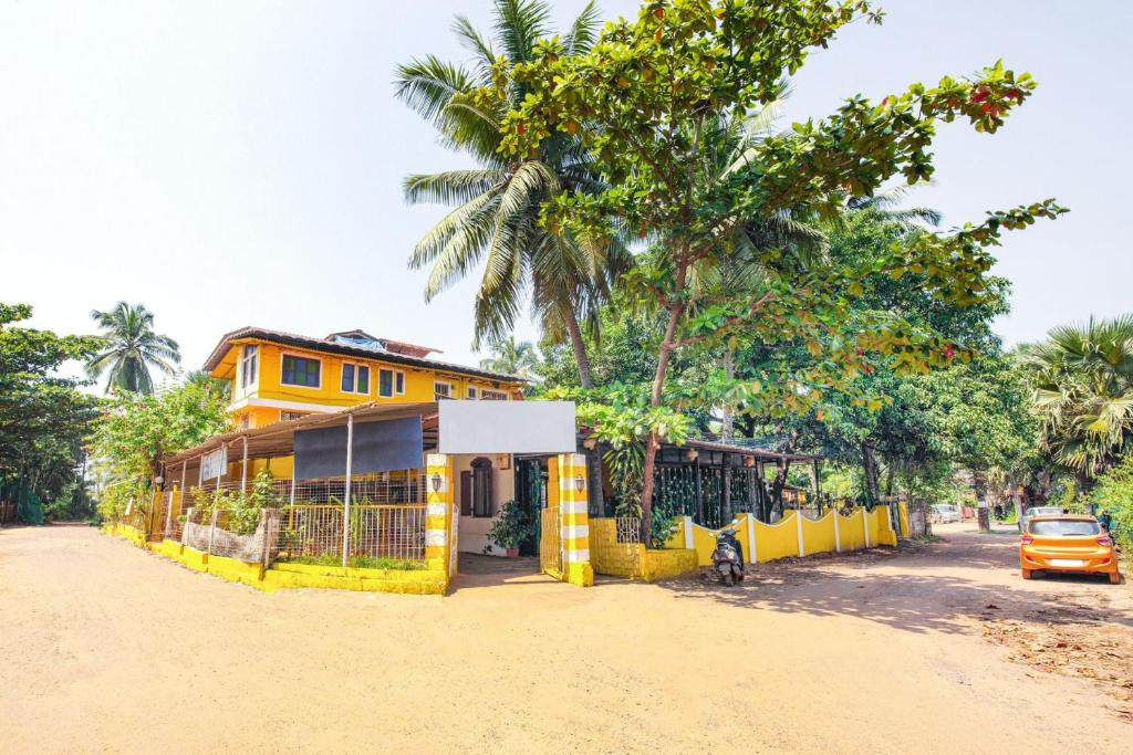 Guest House Near Calangute Beach Goa By Guesthouser 41765 India