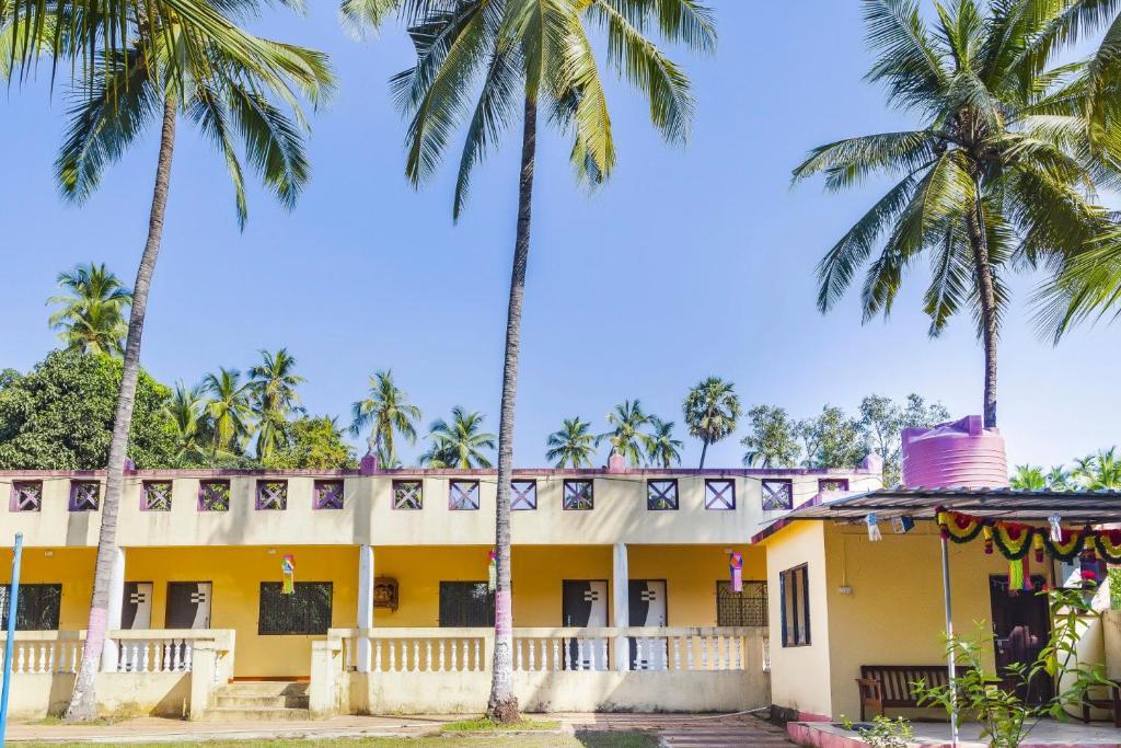 bungalow near varsoli beach alibag by guesthouser 60270 alibaug rh booking com
