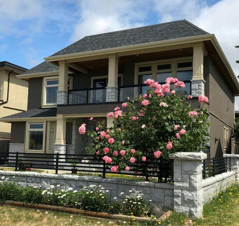 White Rock Rose Bnb Reserve Now Gallery Image Of This Property