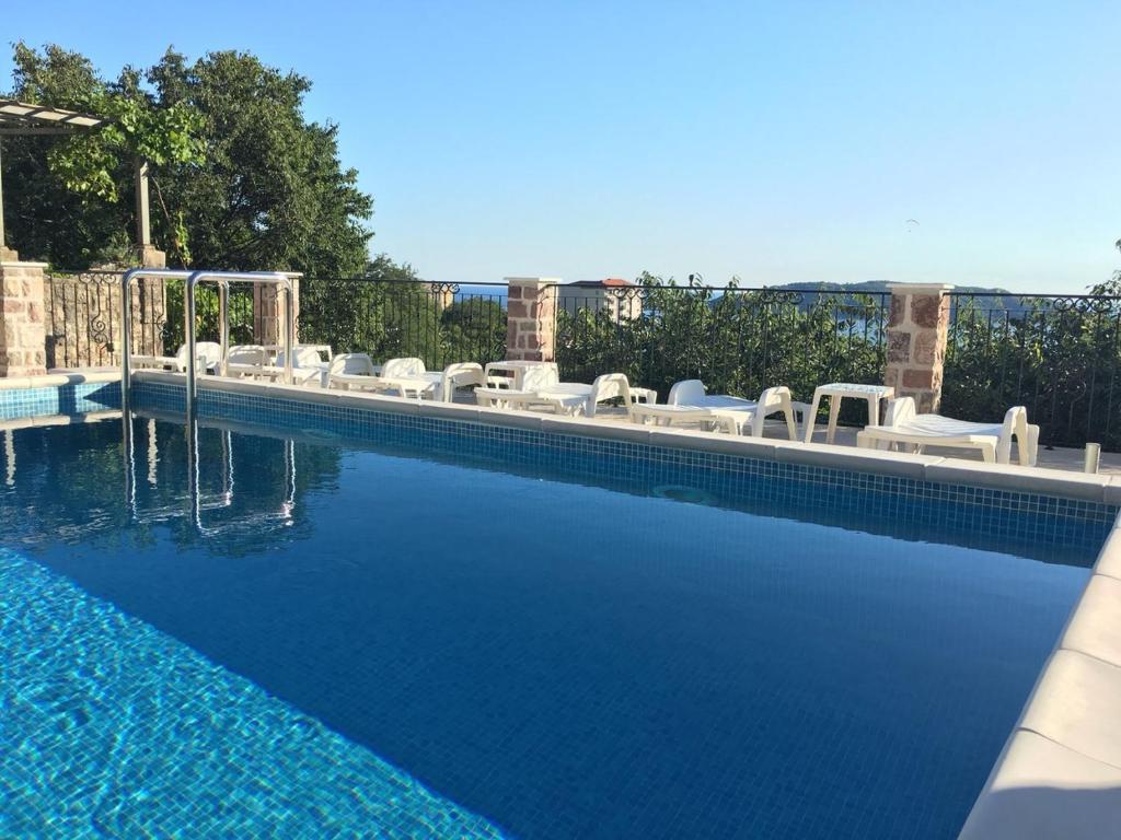 Montenegro resorts: ski, sea. Photo and description of the best resorts of Montenegro 75