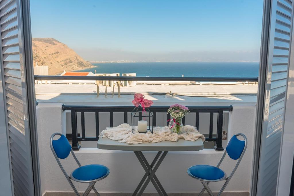 A balcony or terrace at Antigoni