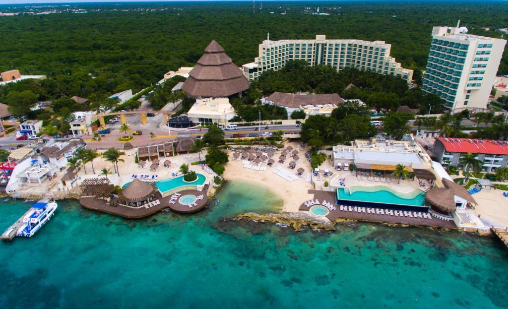 Grand Park Royal Luxury Resort, Cozumel, Mexico - Booking.com