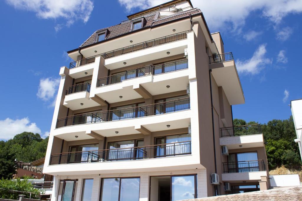 Хотел Sea View Hills - Свети Влас