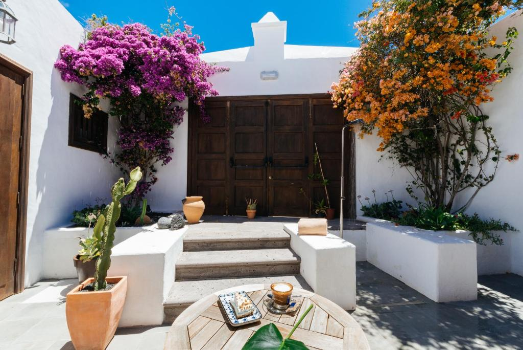 hotels with  charm in teguise  33