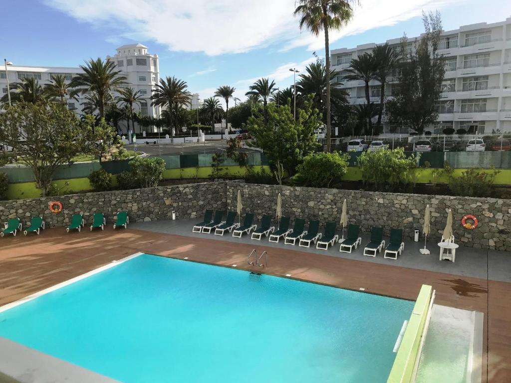 Apartamentos Los Aguacates Playa Del Ingl S Precios Actualizados 2018 -> Como Se Dice Sala De Tv En Ingles