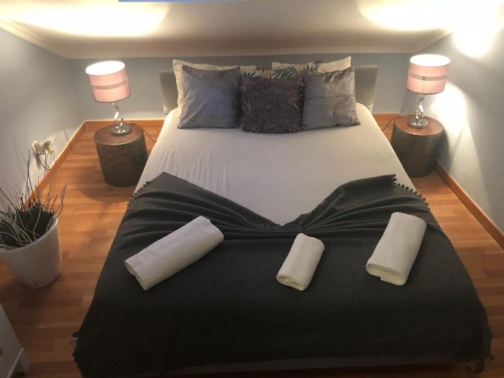A bed or beds in a room at Mama Nunzia