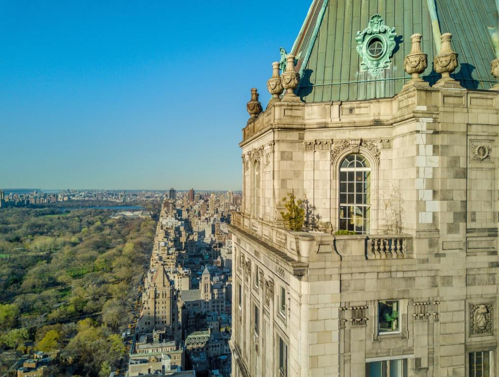 The Pierre A Taj Hotel New York Reserve Now Gallery Image Of This Property
