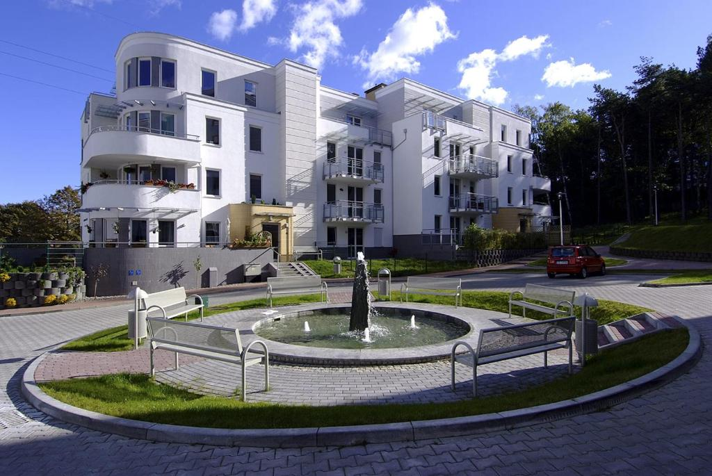 gdynia chat rooms Gdynia long term rentals are the perfect choice for all those people, who will need to stay for an extended period of time in this beautiful city, but are fed up of the tiny hotel rooms, the receptions and the limited breakfast hours.