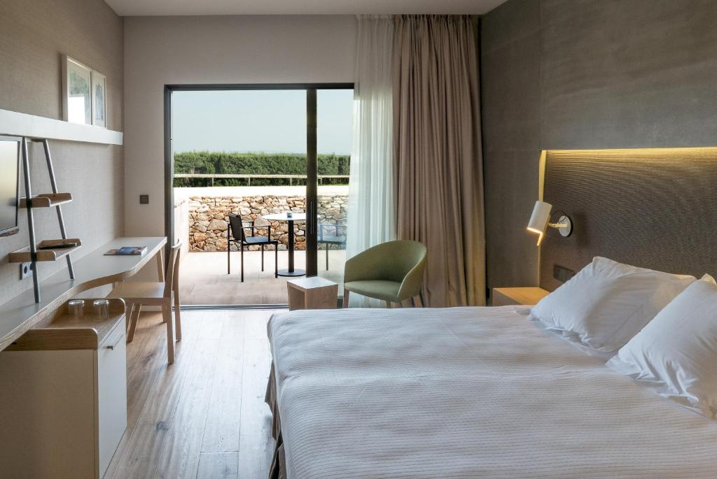 boutique hotels in girona  178