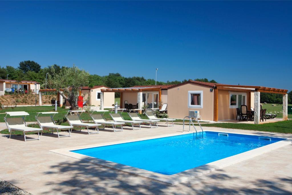 Premium Mobile Homes Camping Park Karigador Croatia