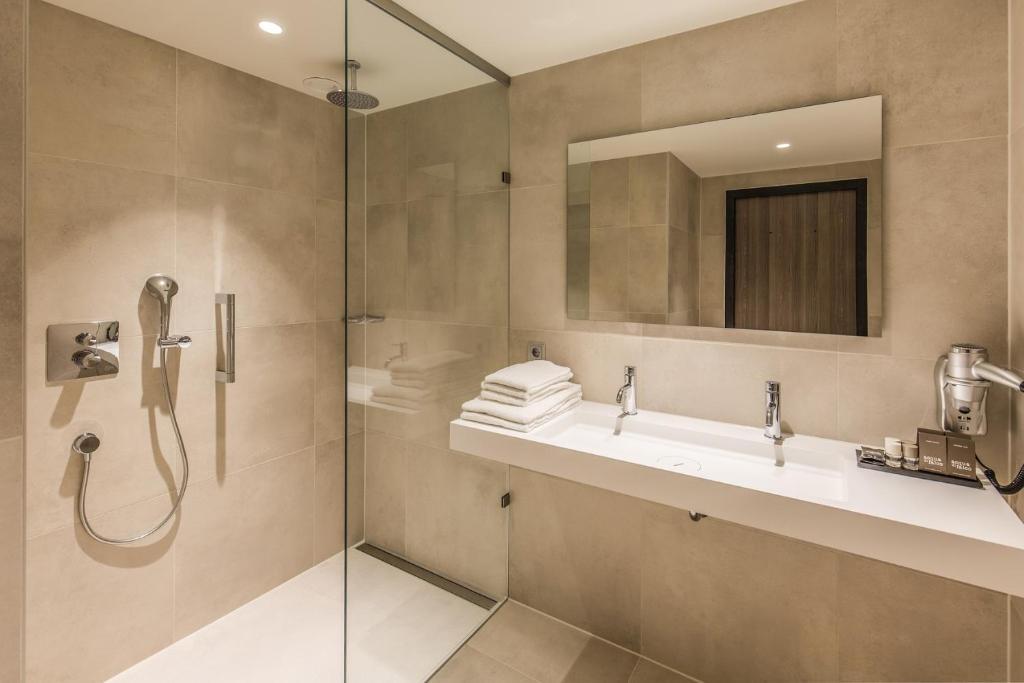 Badkamers Hengelo Ov : Hotel van der valk hengelo niederlande hengelo booking