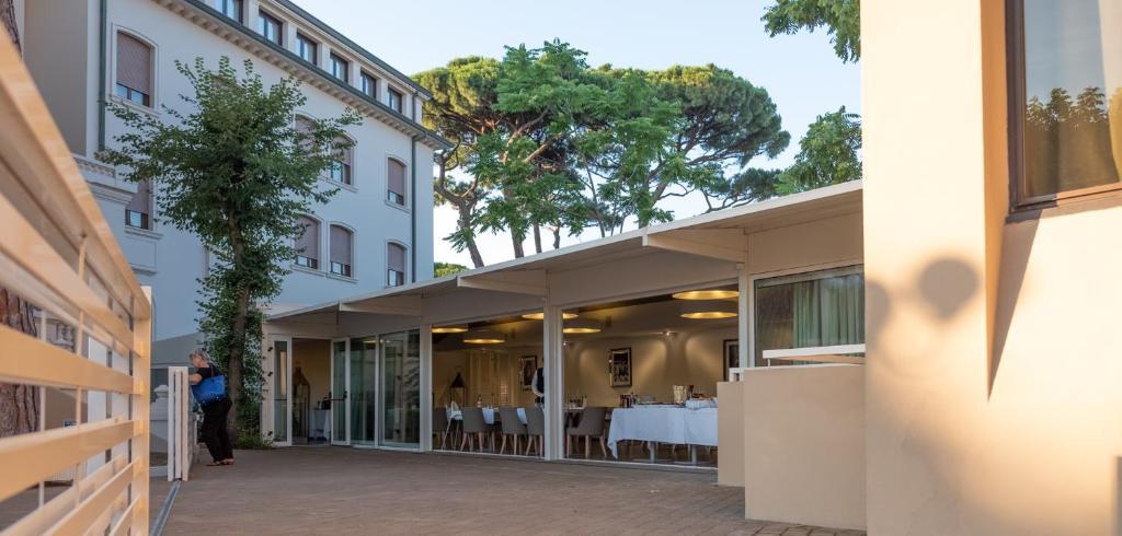 Hotel De La Ville, Riccione, Italy - Booking.com