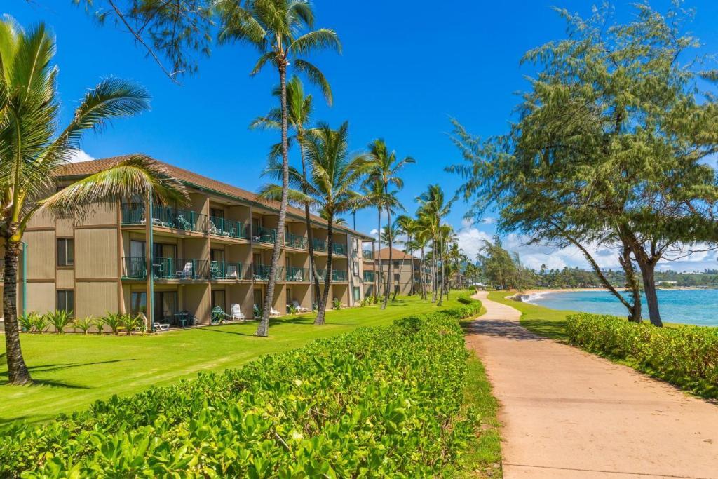 Pono Kai Resort A-305, Waipouli, HI - Booking.com