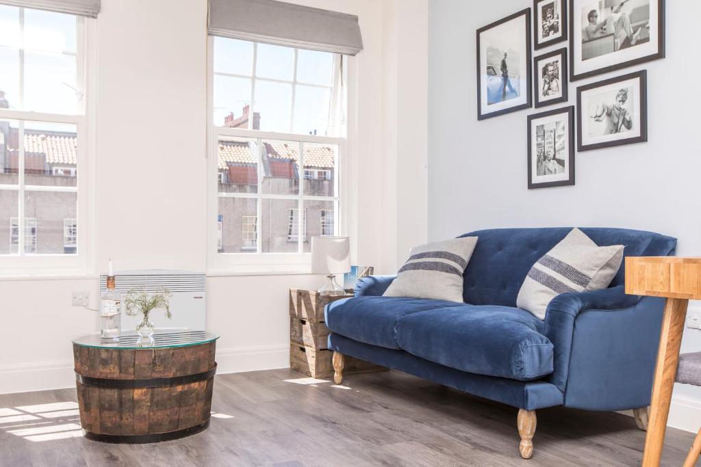 Century Place Bristol Harga 2018 Terbaru