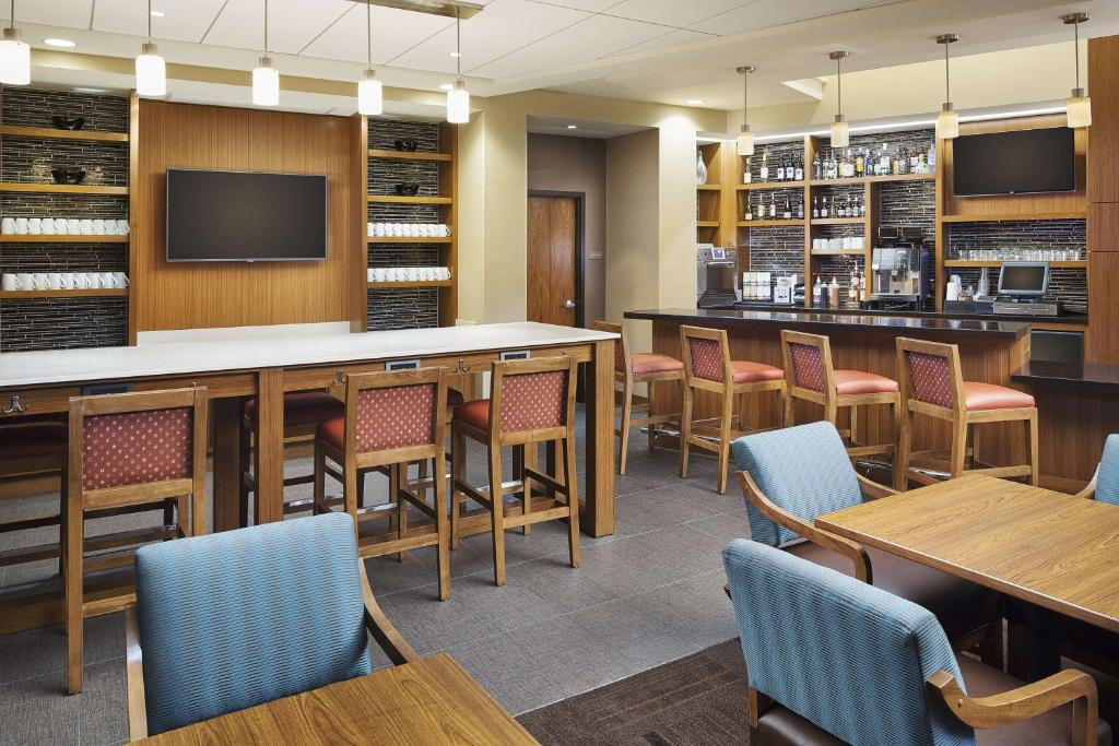 Hyatt Place Chicago Midway Airport Bedford Park Updated 2019 Prices
