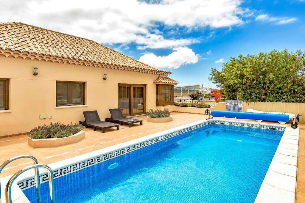 Family Villa In Costa Adeje Spain Booking Com