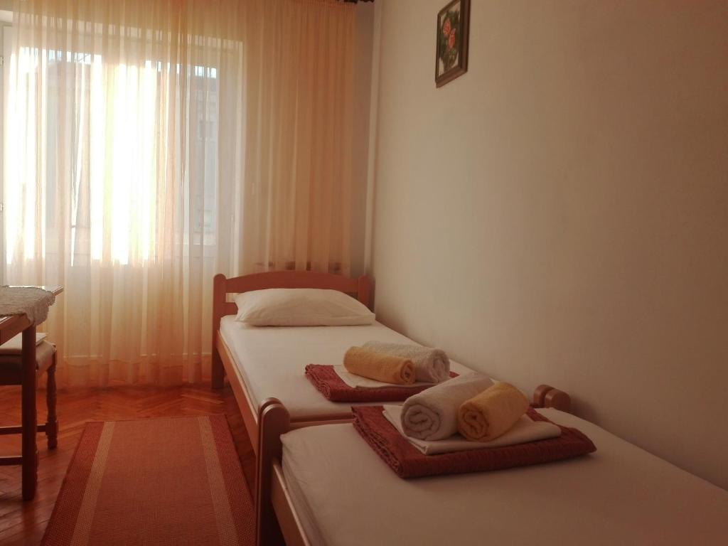 Apartments Villa Ivana Hotel - room photo 8937632