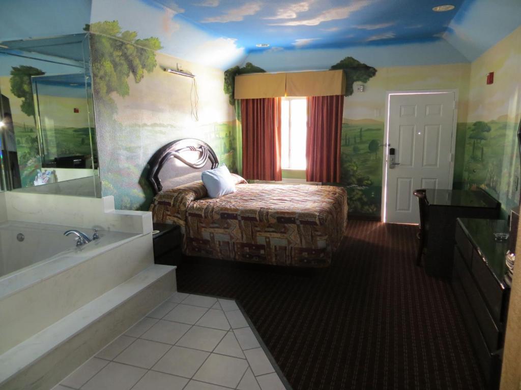 Palace Inn Spencer, Pasadena, TX - Booking.com