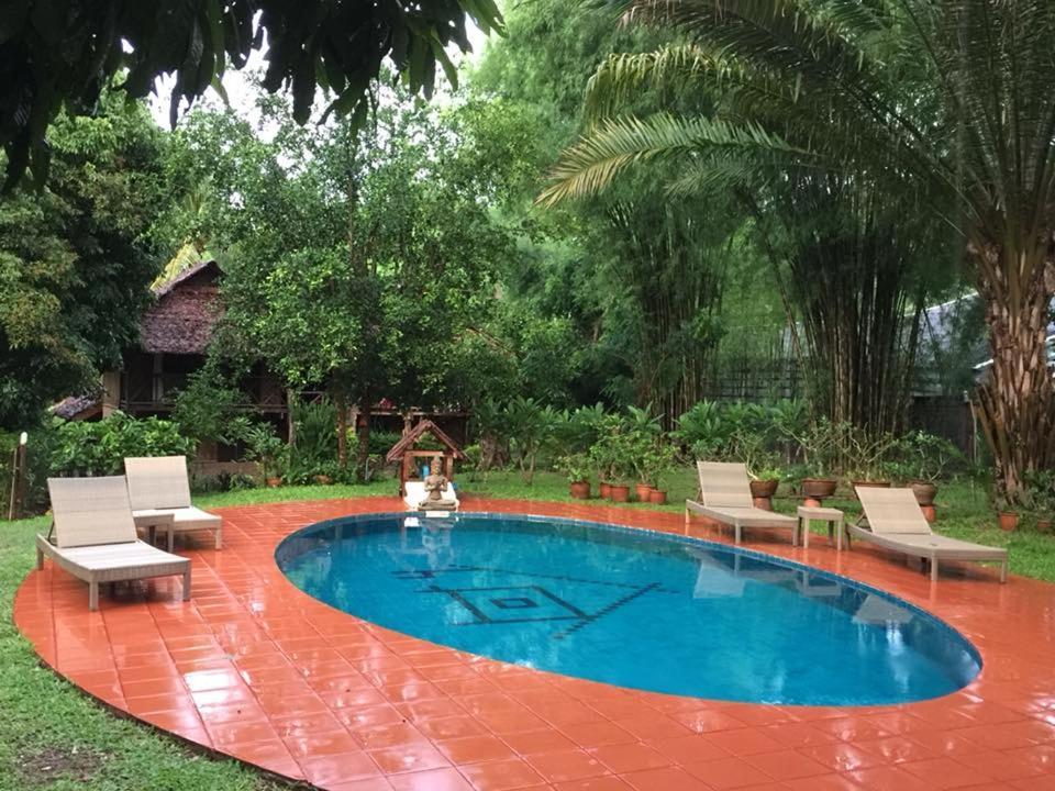 Guesthouse Sang Tong Huts, Mae Hong Son, Thailand - Booking.com