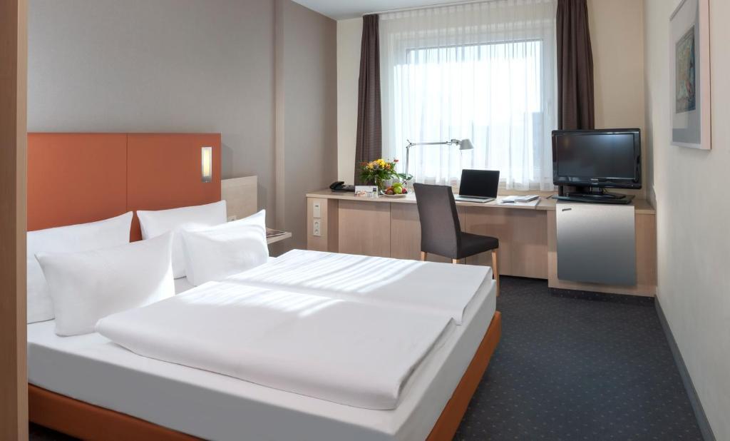 Hotel Dorint Adlershof Berlin Airport Deutschland Berlin Booking Com