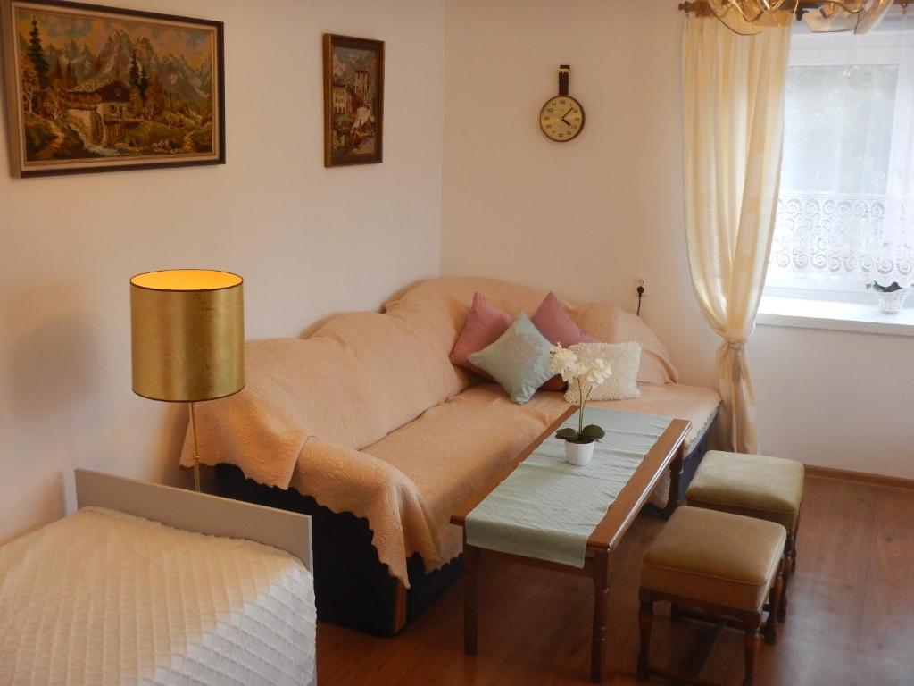 Apartament Krzyżówka Marciszów Hinnad Uuendatud 2019